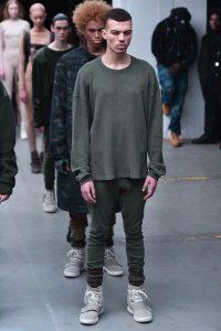 . Imagen Por: Así fue la presentación de Kanye West en la semana de la moda