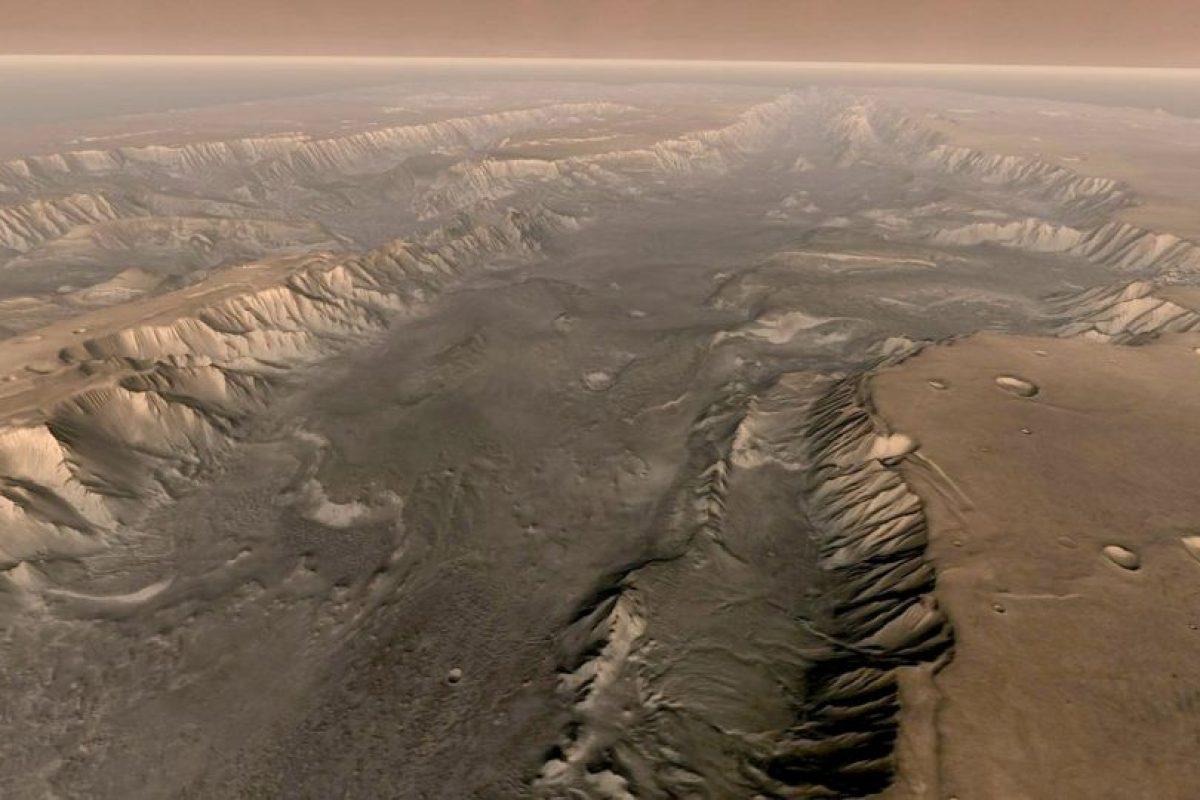 Imágenes dadas a conocer por la NASA sobre el Planeta Rojo, captadas con los robots Curiosity, Spirit y el Telescopio Hubble Foto:Getty Images. Imagen Por:
