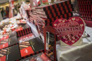 En Japón, las mujeres le dan chocolates a los hombres Foto:Getty Images. Imagen Por: