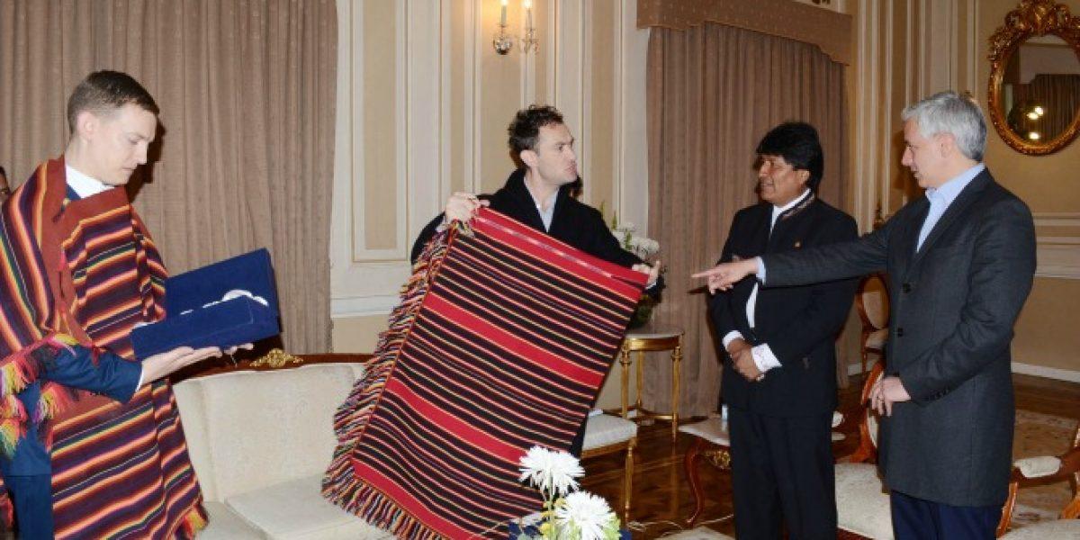Jude Law visita Bolivia y se reúne con Evo Morales