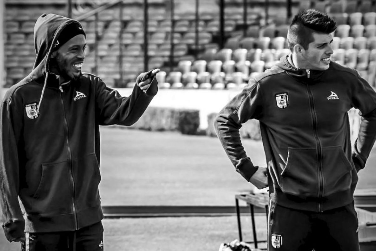 Desde que llegó a México, solo ha completado seis partidos de la Liga MX Foto:Facebook: Ronaldinho Gaúcho. Imagen Por: