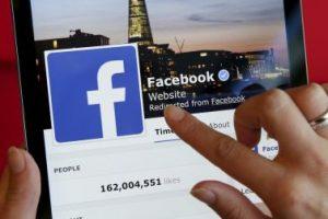 Cuando estés utilizando una computadora o un dispositivo que compartes con varias personas, es recomendable que cierres tu sesión de Facebook cuando termines de usarla. Foto:Getty Images. Imagen Por: