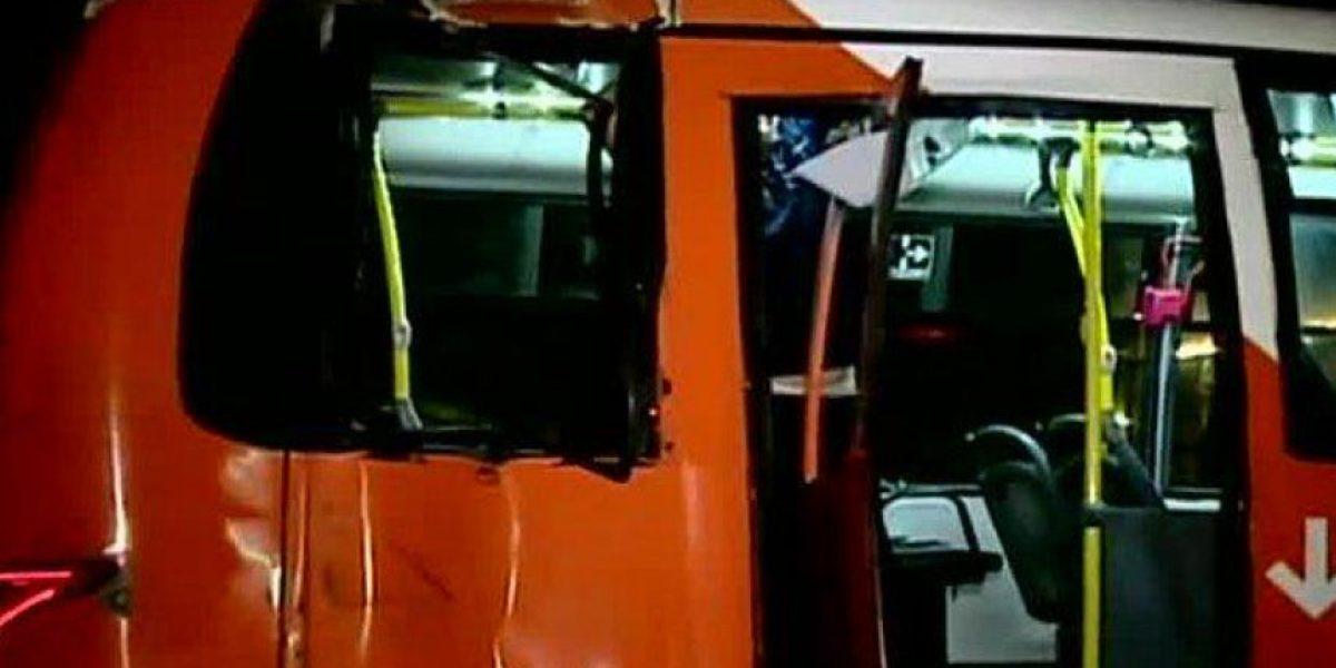 Bus del Transantiago chocó contra poste en la comuna de Maipú