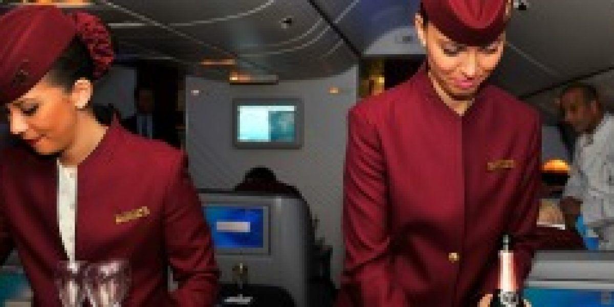 Azafatas de aerolínea asiática deben pedir permiso para casarse