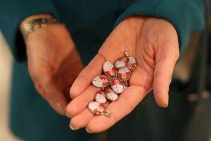 También su rostro se encuentra en medallitas. Foto:Getty Images. Imagen Por: