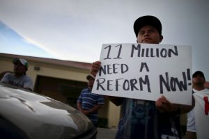 1. La medida beneficiaría a cinco millones de inmigrantes que entraron al país de forma ilegal. Foto:Getty. Imagen Por: