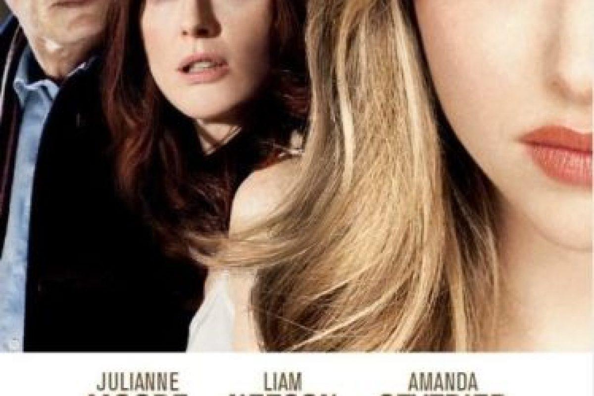 Catherine (Julianne Moore) es una doctora con un matrimonio fallido, ante el temor de ser engañada, contrata a Chloe (Amanda Seyfriend) para que conquiste a su marido. Todo cambia cuando ambas se enamoran e inician un apasionado romance. Foto:Amazon. Imagen Por: