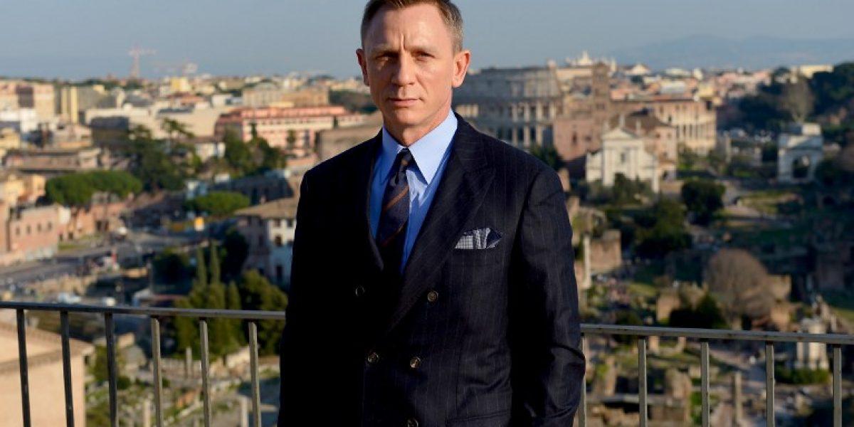 Spectre: La bella Mónica Bellucci se luce con Daniel Craig en sesión fotográfica