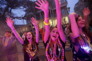Mardi Gras se refiere a Fat Tuesday, el último día de fiesta antes del Miércoles de Ceniza, comienza cuando la Cuaresma. Foto:AP. Imagen Por:
