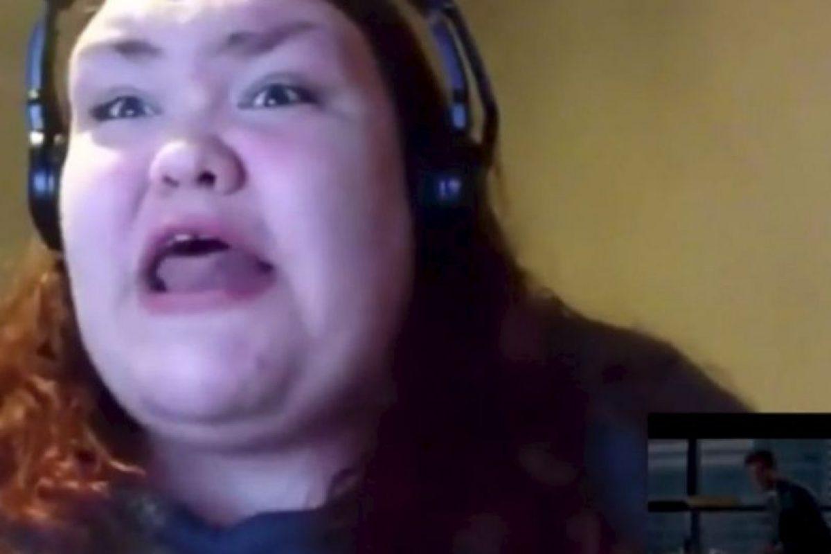 """Ella posteó un video de su desenfrenada reacción ante el tráiler de """"50 sombras de Grey"""" Foto:Youtube. Imagen Por:"""