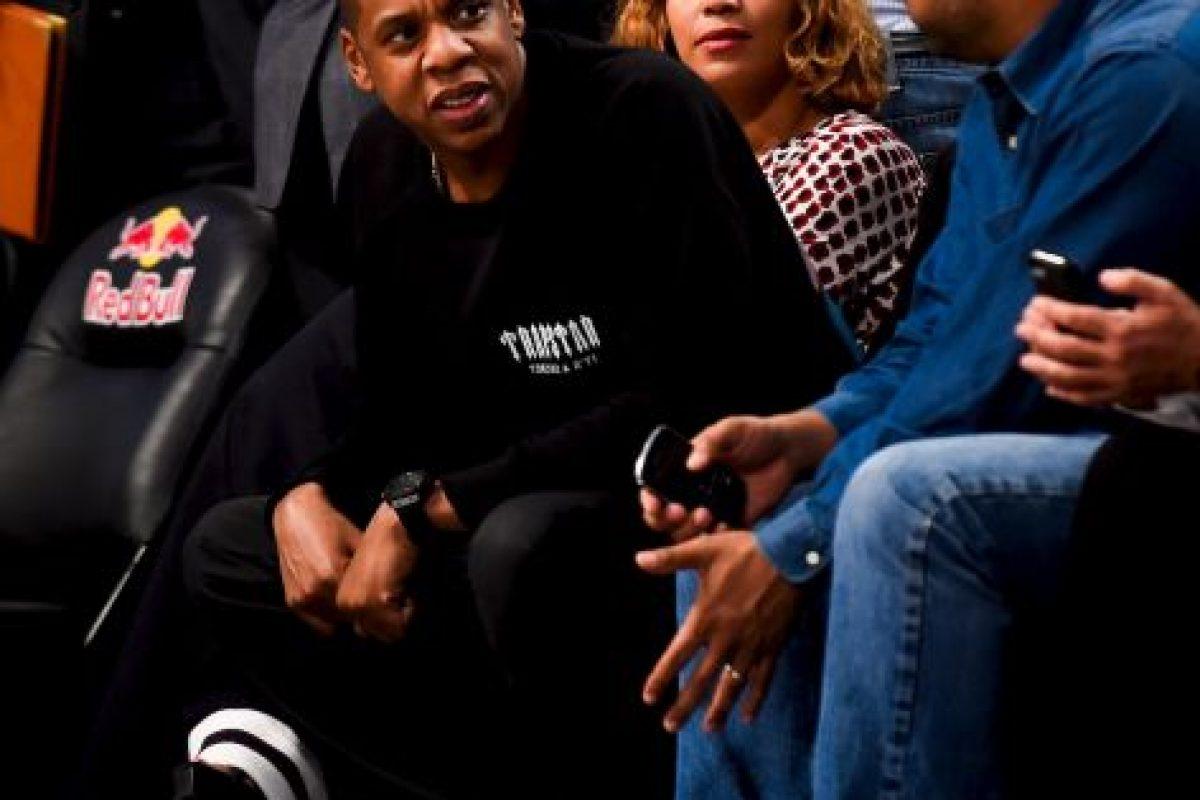 Cada vez más unida, la pareja pasó por la alfombra roja en los MTV Video Music Awards en 2004 Foto:Getty Images. Imagen Por: