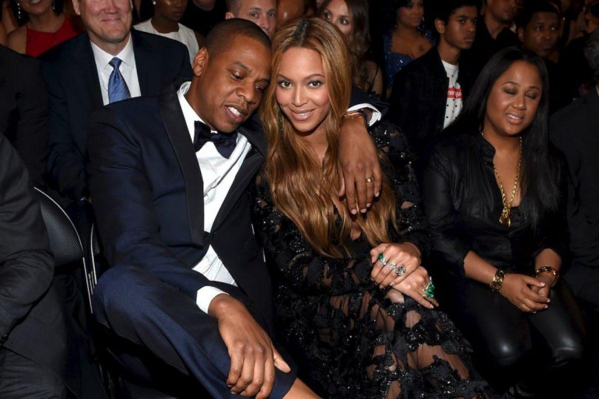 """¡Jay Z celebró el nacimiento de su hija incluyéndola en una de sus canciones! Blue se transformó en la persona más joven en aparecer en el ranking Billboard estadounidense cuando el sonido de su llanto apareció al final de la canción """"Glory"""" del rapero, en la que habla sobre ser padre Foto:Getty Images. Imagen Por:"""