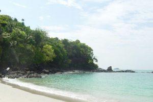 5. Playa Manuel Antonio, Costa Rica (puesto 17 de la lista). Foto:Vía Wikimedia Commons. Imagen Por: