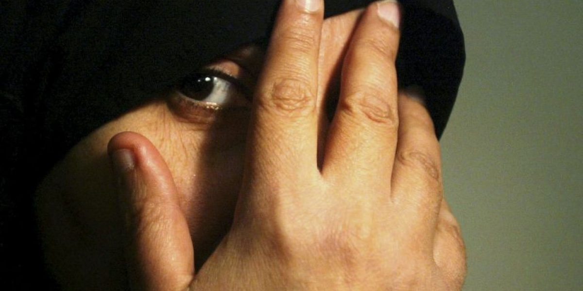 ISIS agrede a mujeres por