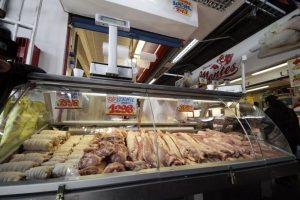 De los más de 80 kilos consumidos al año, el 43% corresponde a carnes de ave, el 29% a carnes de vacuno y el 28% a carnes de cerdo. La diferencia, de 0,7% corresponde a carnes de menor consumo como ovina, caprina y equina. Foto:Agencia UNO. Imagen Por: