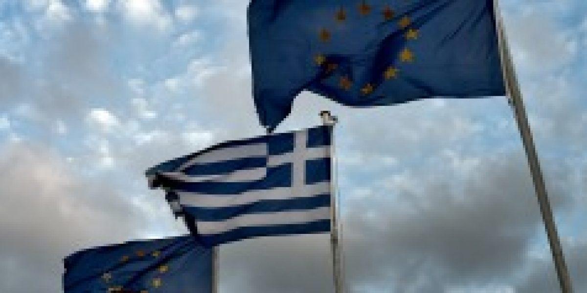 Grecia acepta supervisión mientras siga recibiendo ayuda