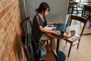 """""""Este síndrome afecta a tres de cada cuatro trabajadores usuarios de computadoras e incide en su calidad de vida"""". Foto:Getty Images. Imagen Por:"""