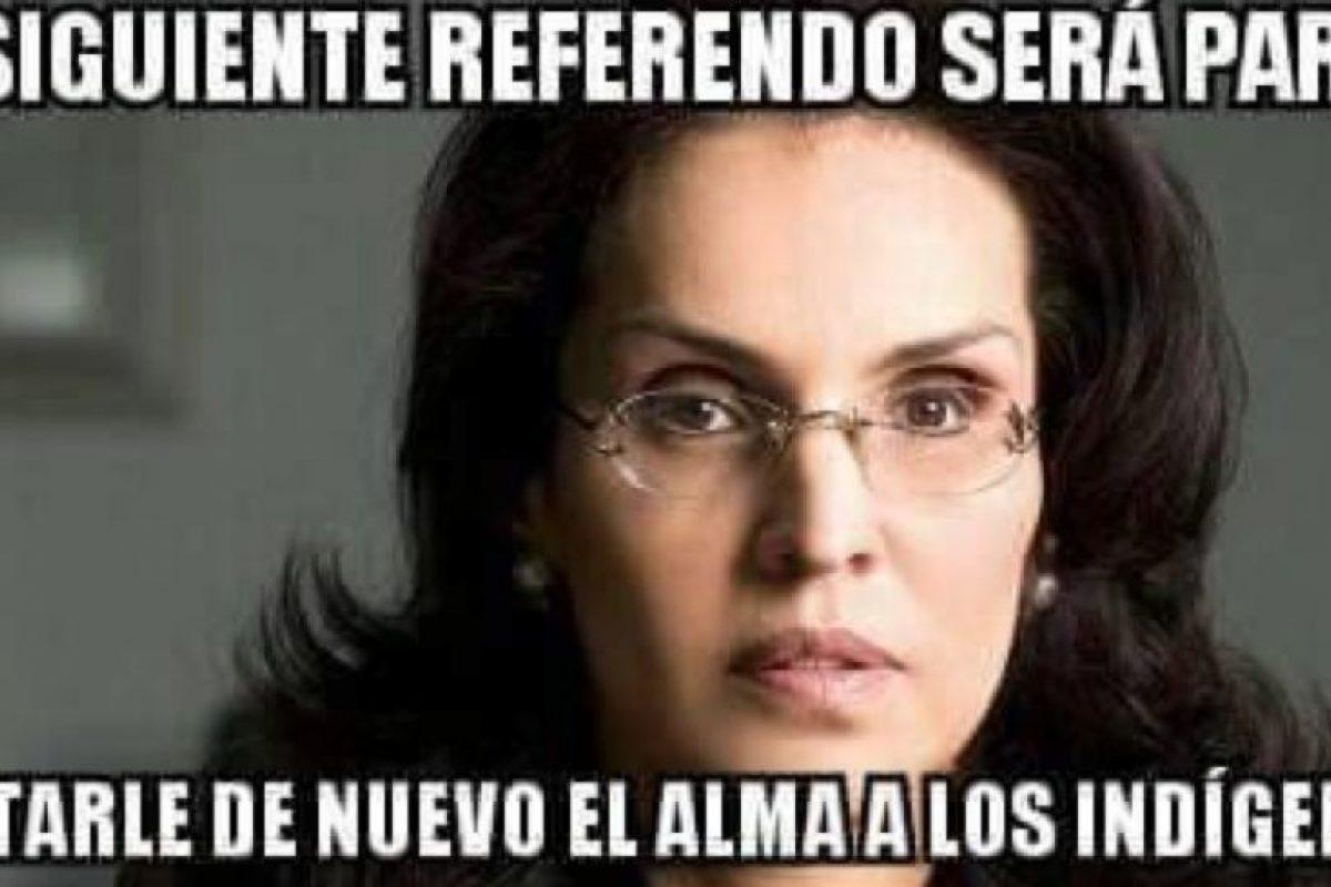 Los colombianos señalan a su senadora, Viviane Morales, de claras convicciones cristianas y quien impulsó un referendo en contra de la adopción por parte de homosexuales. Foto:Twitter. Imagen Por: