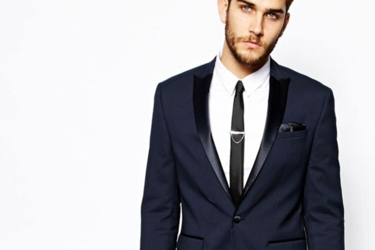 Pueden ser en color gris, negro o navy. En el portal de moda inglesa ASOS los pueden conseguir desde 100 dólares. En eBay también están por ese precio. Foto:ASOS. Imagen Por: