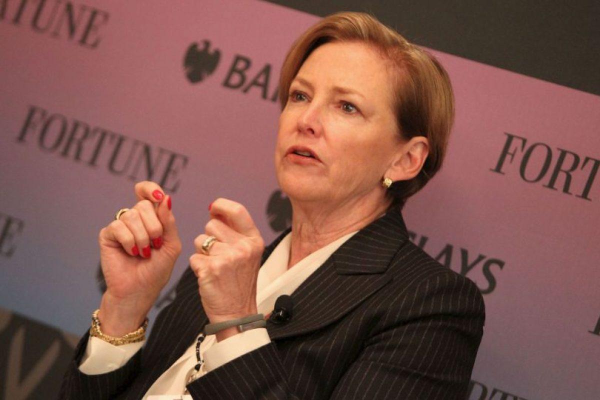 Ellen Kullman- Es la CEO de la empresa Dupont. Está casada y tiene tres hijos. La ejecutiva de 59 años cuenta con una Maestría en Arte de la Universidad de Northwestern. Foto:Getty. Imagen Por: