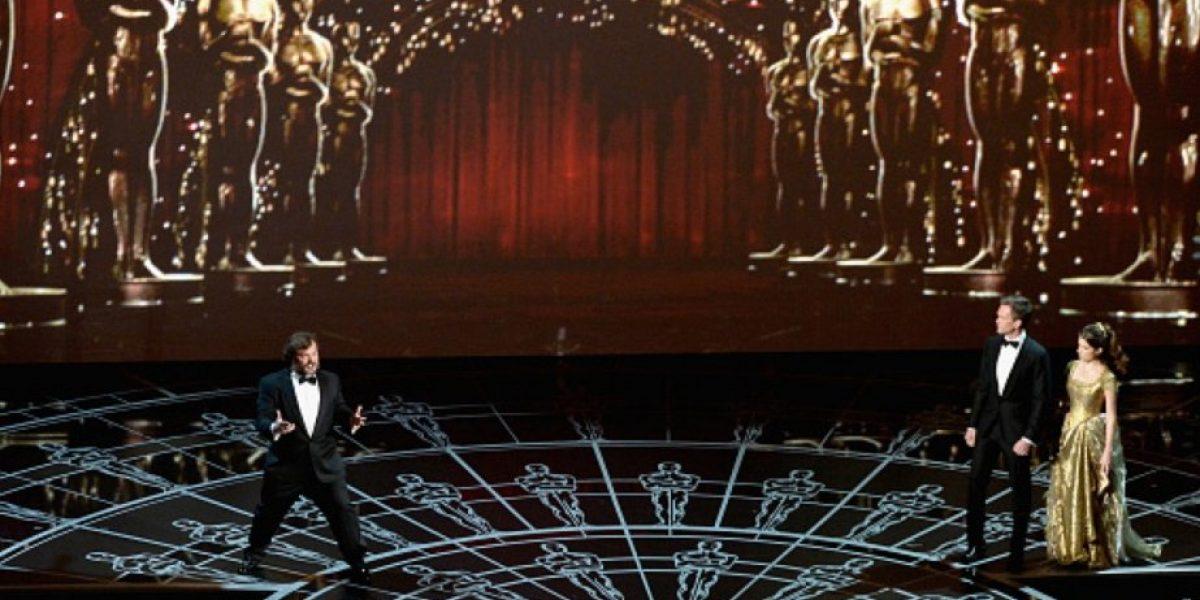 FOTOS: ¿Todo el mundo está odiando la actuación de Neil Patrick Harris en los Oscars?