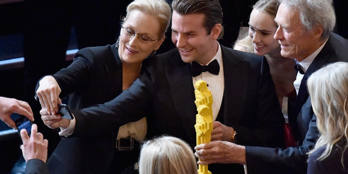 No todos se fueron sin un Oscar: Estos famosos gozaron con las estatuillas de Lego