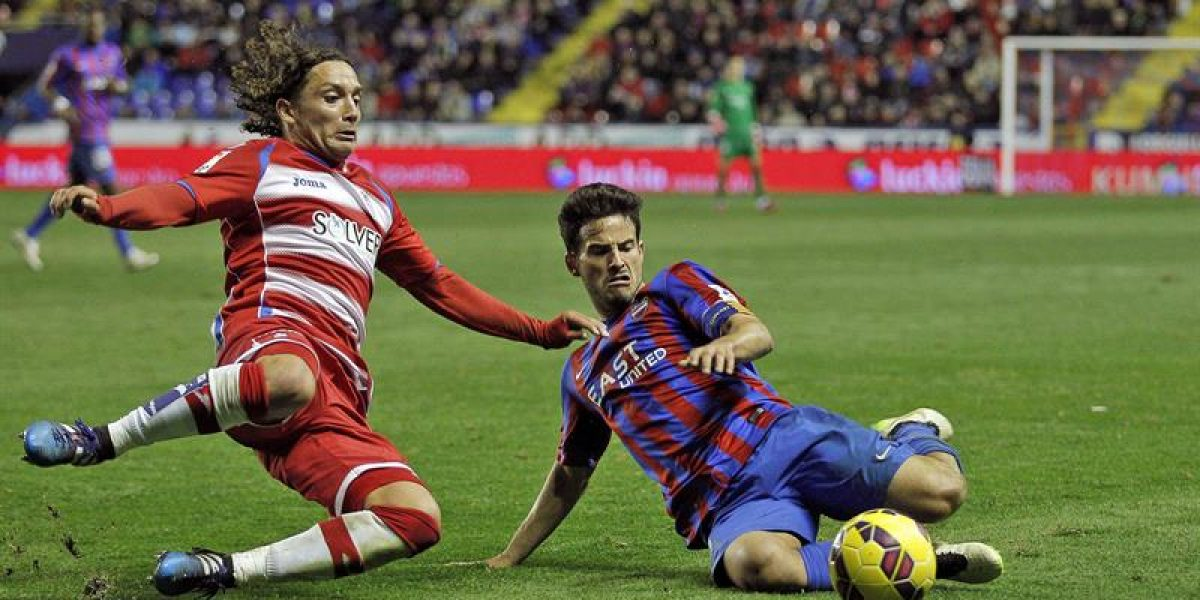 El Granada con Iturra sigue en el pozo tras caer en la agonía ante un rival directo