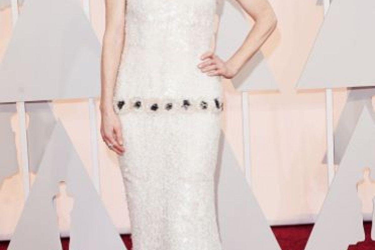 Julianne Moore, con un vestido de Karl Lagerfeld hecho exclusivamente para ella. Foto:Getty Images. Imagen Por: