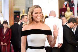 Reese Whiterspoon, de Tom Ford. Sencilla, pero no impactante. Foto:Getty Images. Imagen Por: