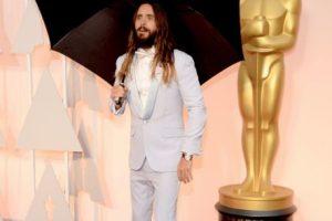 ¿En serio, Jared? Con sombrilla y todo. Foto:Getty Images. Imagen Por: