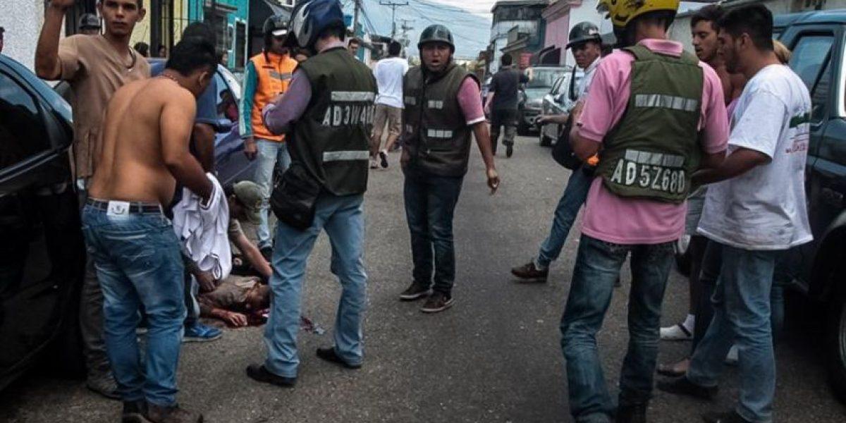 Imputan por homicidio a policía que disparó a menor en protesta en Venezuela