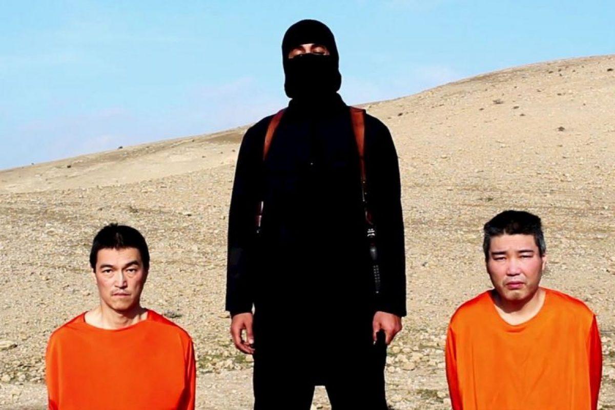 Haruna Yukawa (derecha), ciudadano japonés secuestrado por el Estado Islámico. Foto:AP. Imagen Por: