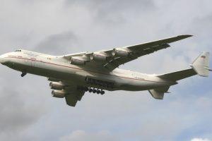 Antonov An-225. Envergadura: 88,4 metros Foto:Wikimedia. Imagen Por: