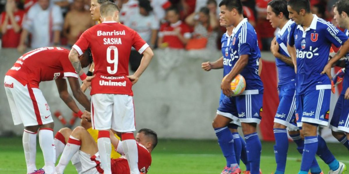 Los hinchas azules no tuvieron piedad con el arbitraje de Víctor Carrillo