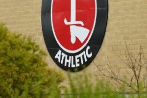 Los hechos se dieron en las instalaciones del Charlton Athletic Foto:Getty. Imagen Por: