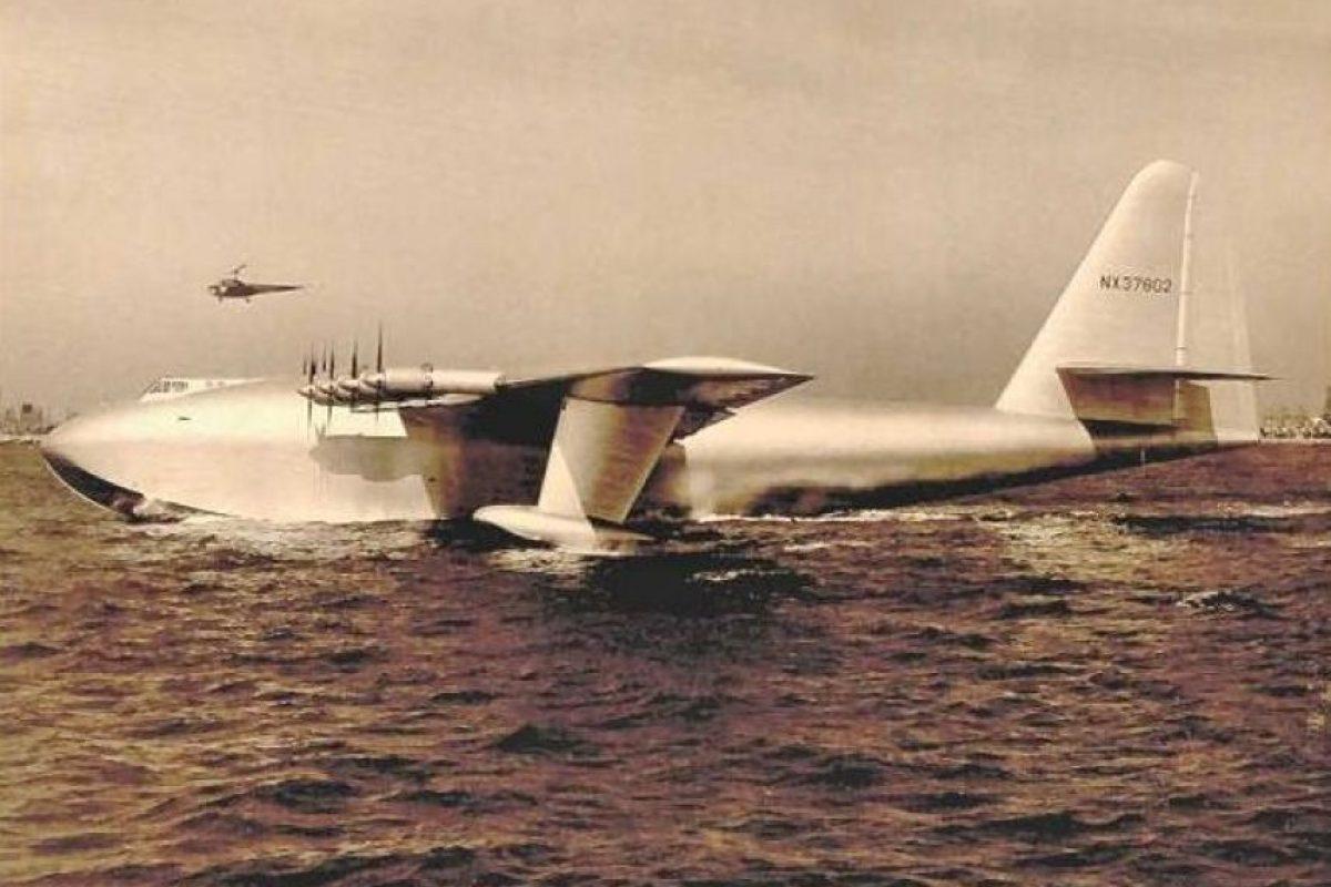 Hughes H-4 Hercules. Envergadura: 97,54 metros Foto:Wikimedia. Imagen Por: