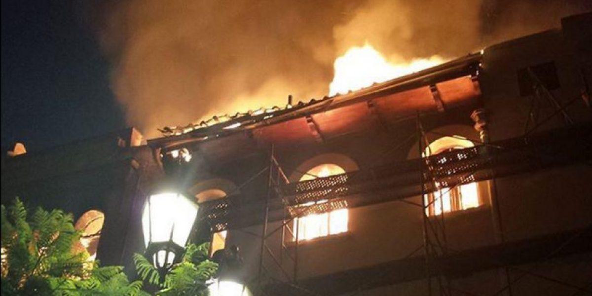 Bomberos está controlando el incendio en el barrio Yungay