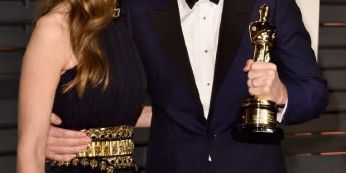 ¿Lo reconocen? Sí, es hombre y acaba de ganar el Oscar