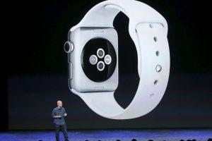 """""""Cada detalle del Apple Watch está diseñado precisamente para el momento en que lo usas y el lugar donde lo llevas: tu muñeca"""" Foto:Getty Images. Imagen Por:"""