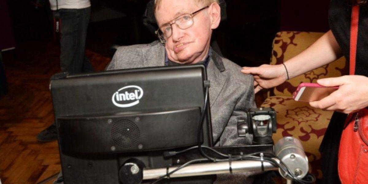 Las tres amenazas que podrían acabar con los humanos según Hawking