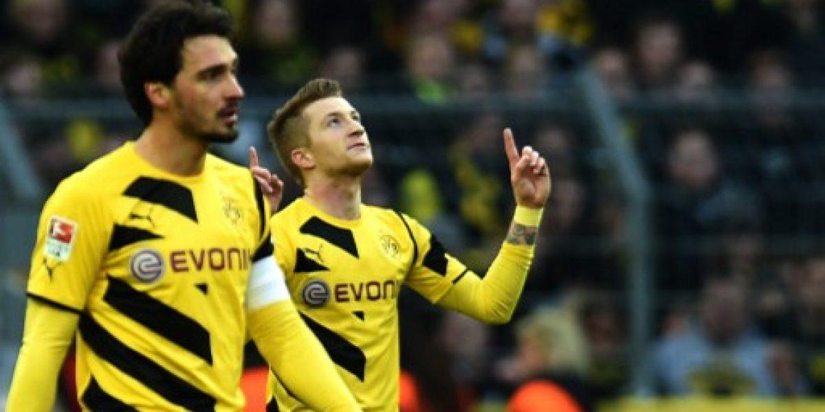 Borussia Dortmund continúa su escalada en la Bundesliga tras vencer en el clásico al Schalke 04