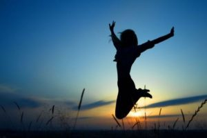 10. No te preguntes el ser como realmente eres. Sé tú misma, nunca dudes en aparentar lo que no eres realmente. Foto:Tumblr.com/tagged-feliz. Imagen Por: