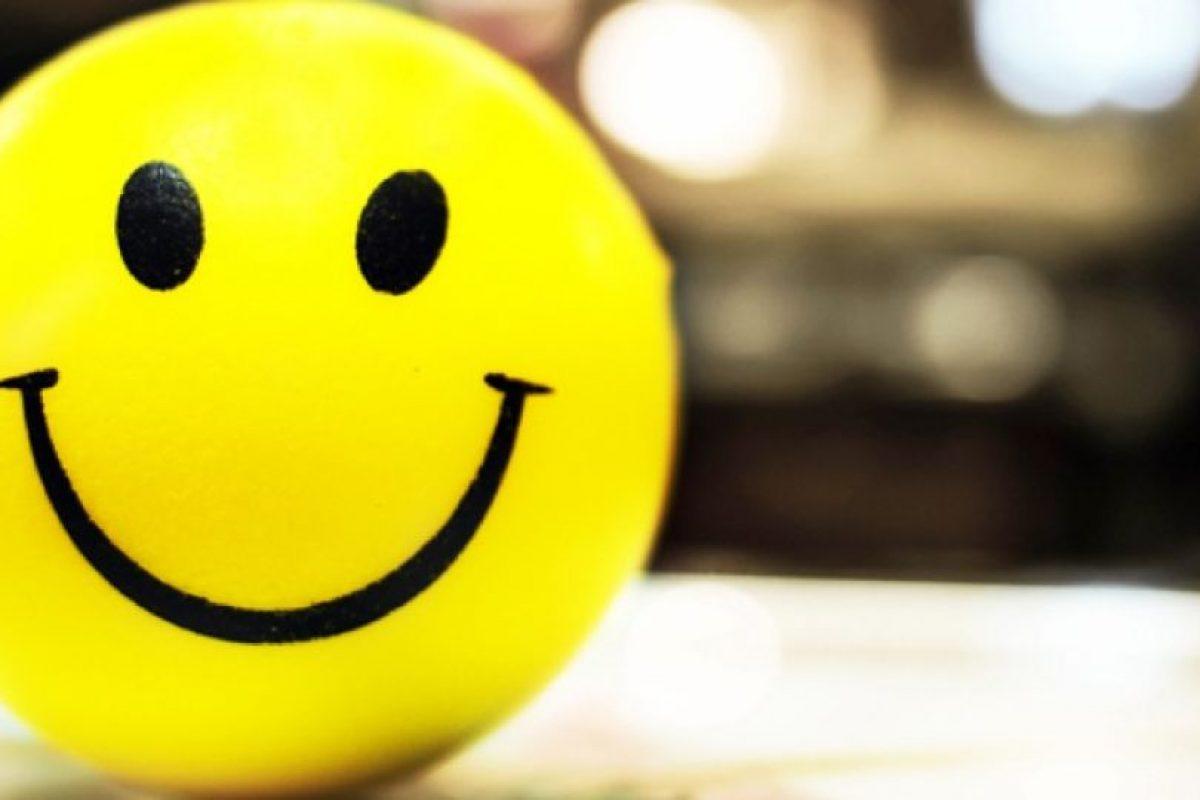 7. ¿Comer en la cama cuando estés a solas? ¡Házlo! Foto:Tumblr.com/tagged-feliz. Imagen Por: