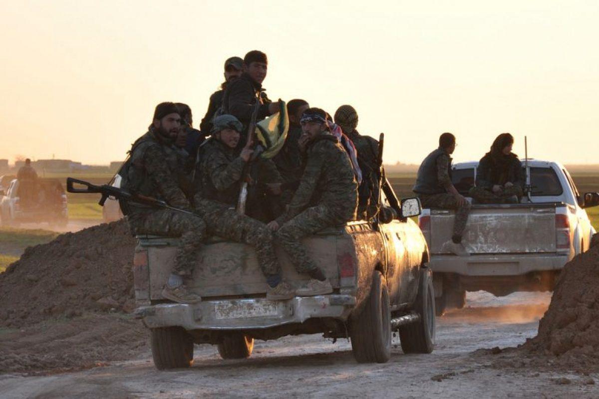 2. Según CNN, el grupo ha bombardeado escuelas, iglesias, mezquitas, entre otros. Foto:AFP. Imagen Por: