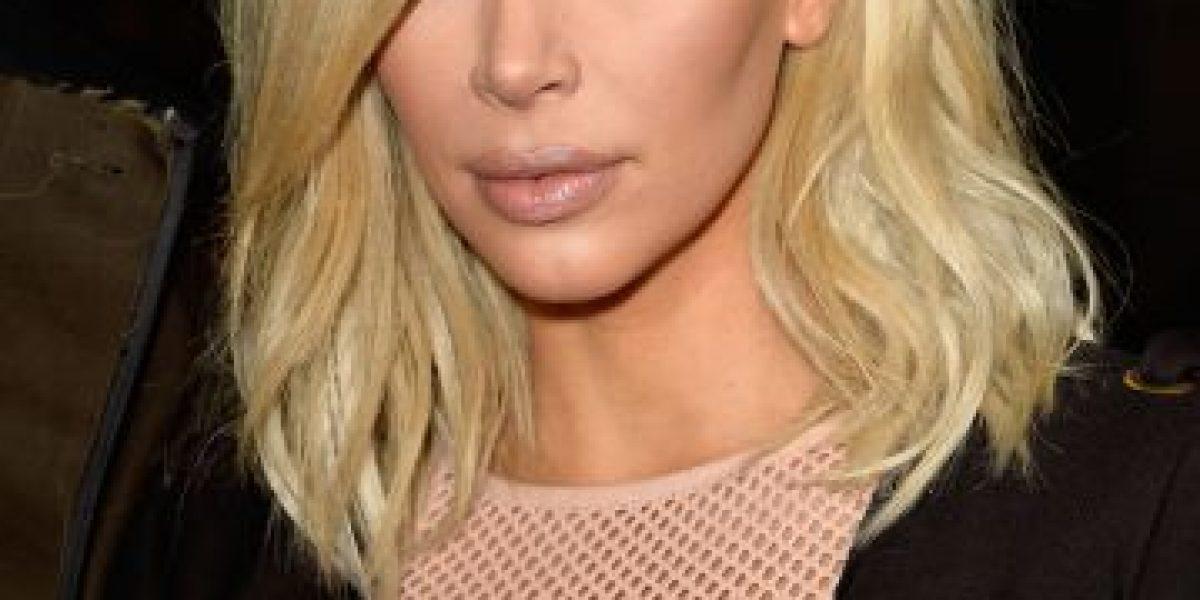FOTO: Kim Kardashian se aclara aún más el cabello