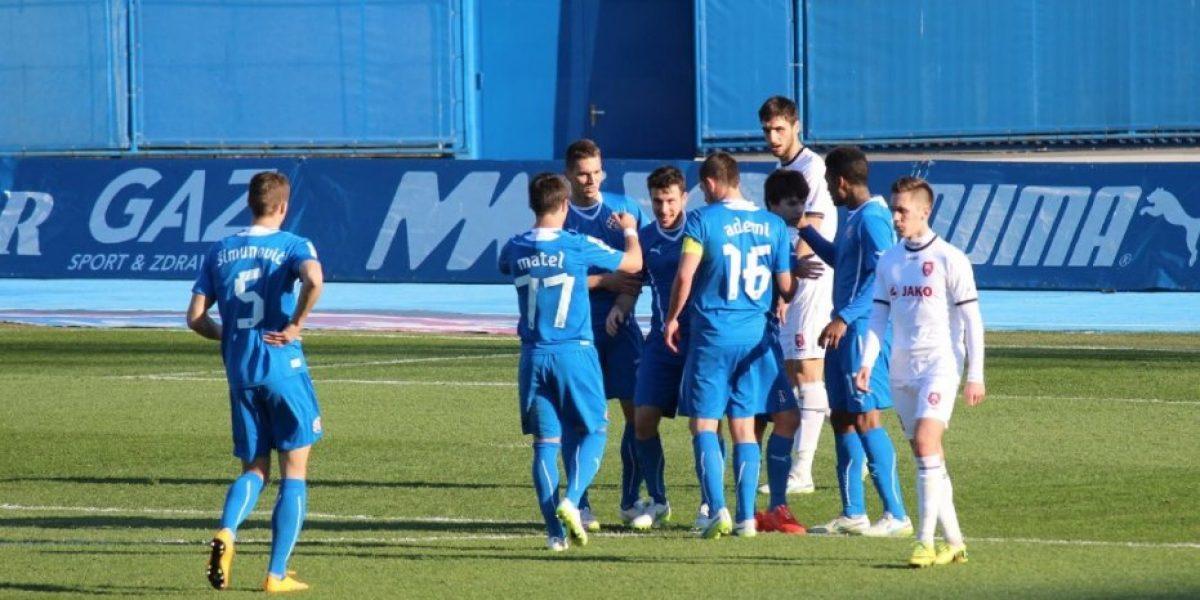 De derecha o de zurda: Revisa los goles de Ángelo Henríquez por el Dinamo Zagreb