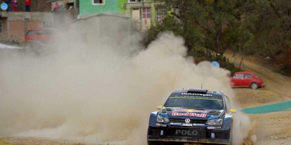 VIDEO: ¿Rally en el agua? Espectacular accidente en el Rally de México