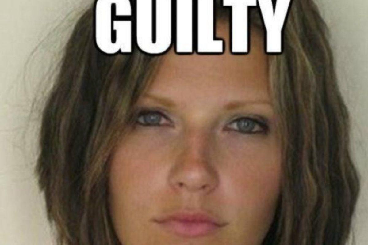 En 2010, Meagan Simmons, madre de familia, fue arrestada por manejar ebria, pero su mugshot se hizo viral por su belleza Foto:Twitter. Imagen Por: