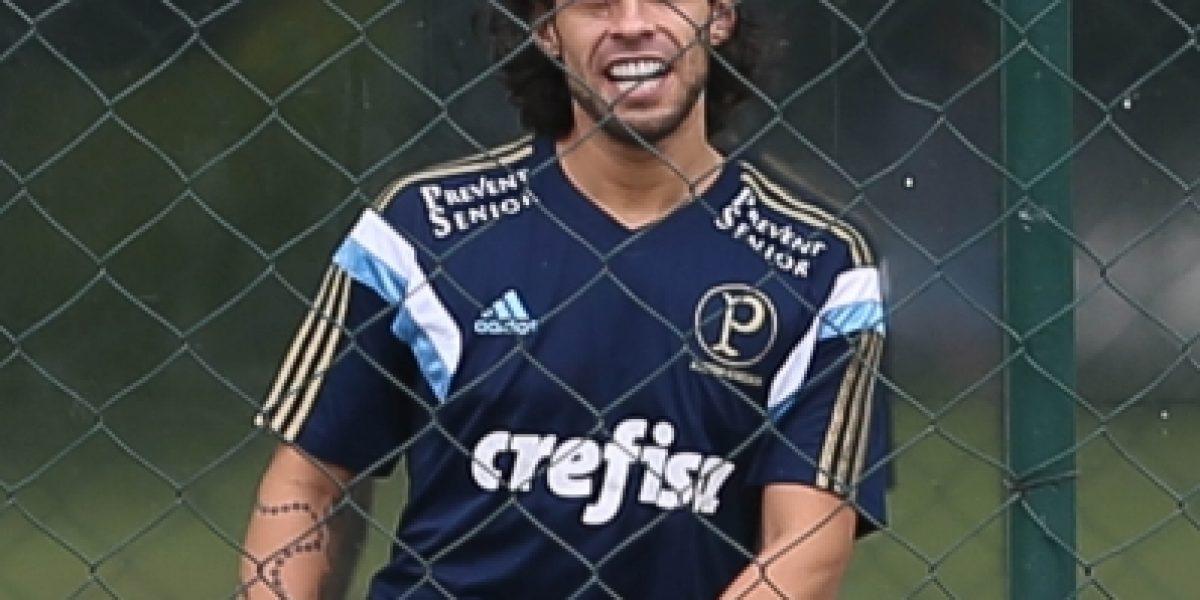 Jorge Valdivia vuelve a retrasar su retorno a las canchas