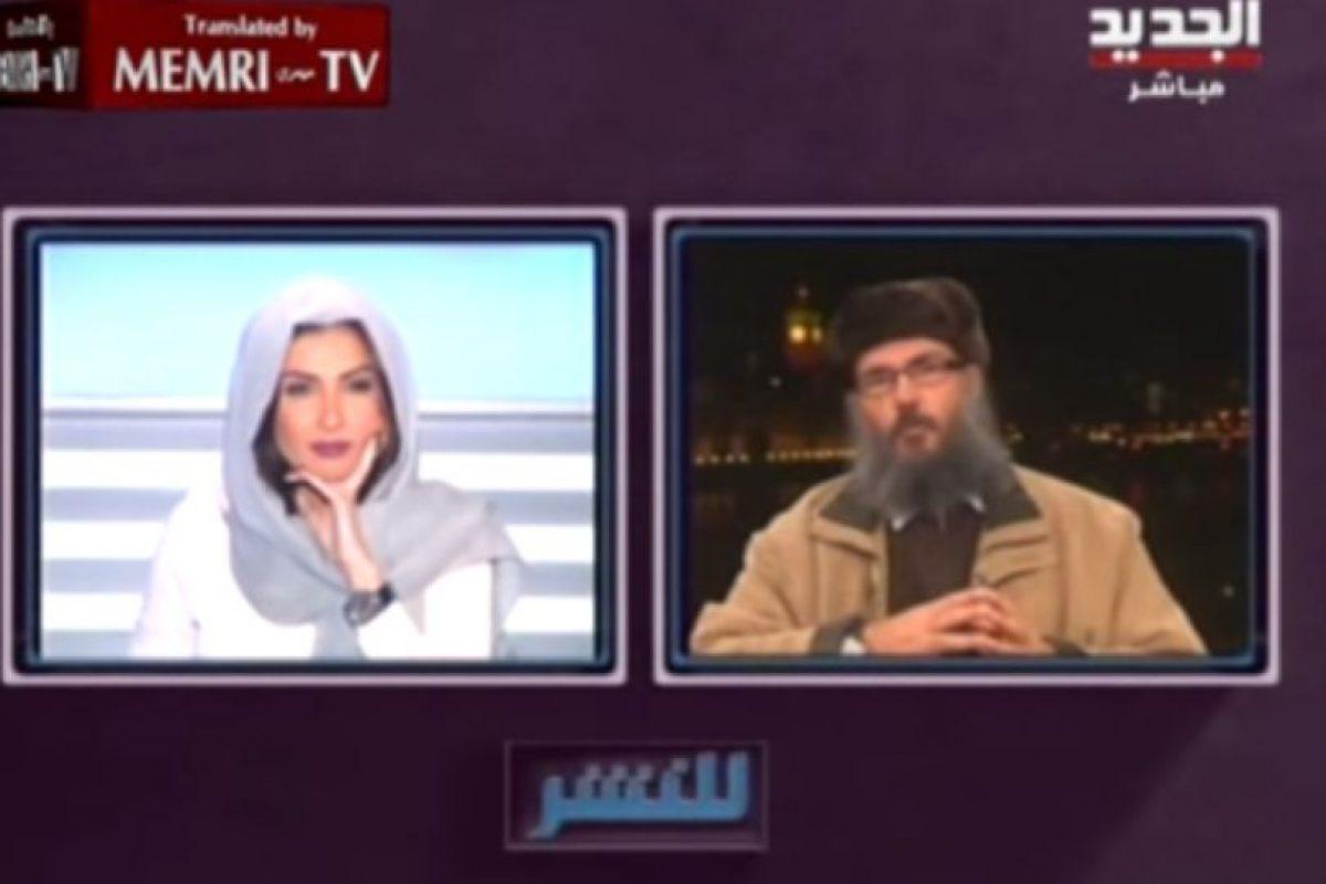 Eso le sucedió cuando estaba entrevistando a Hani Al Seba' sobre los cristianos metiéndose a ISIS Foto:Memri TV/Youtube. Imagen Por: